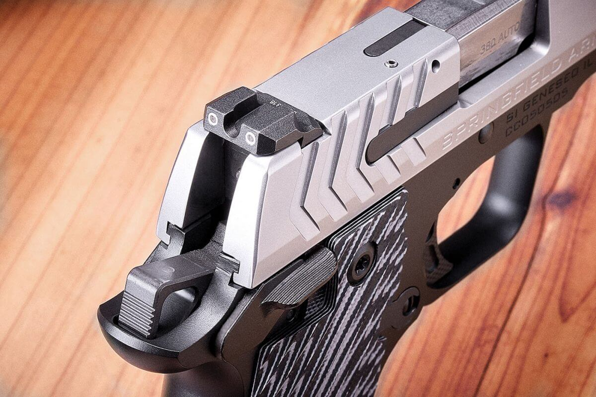 Rear night sight with hard front edge Springfield Armory 911