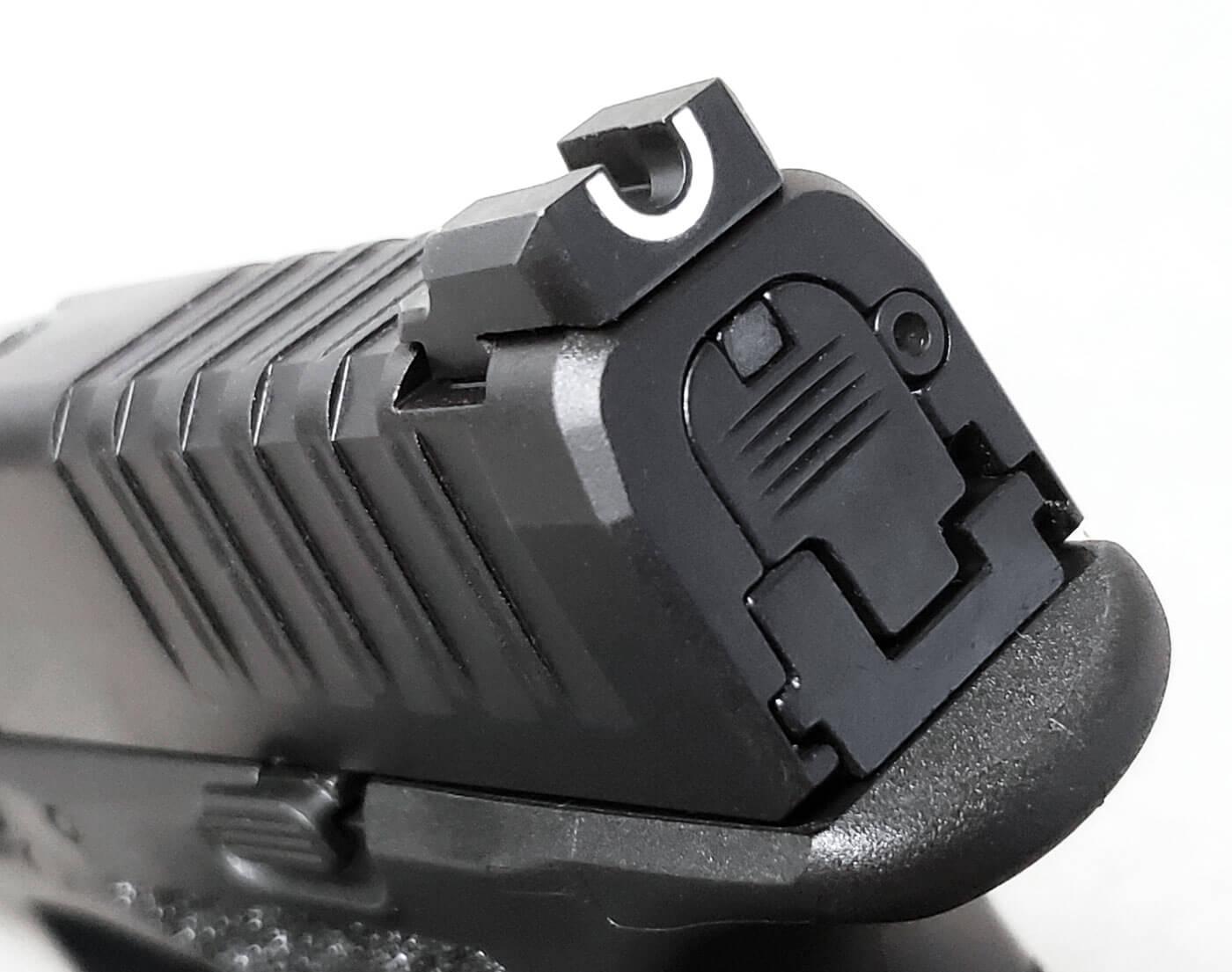 Springfield's factory sights uses a u-notch rear sight