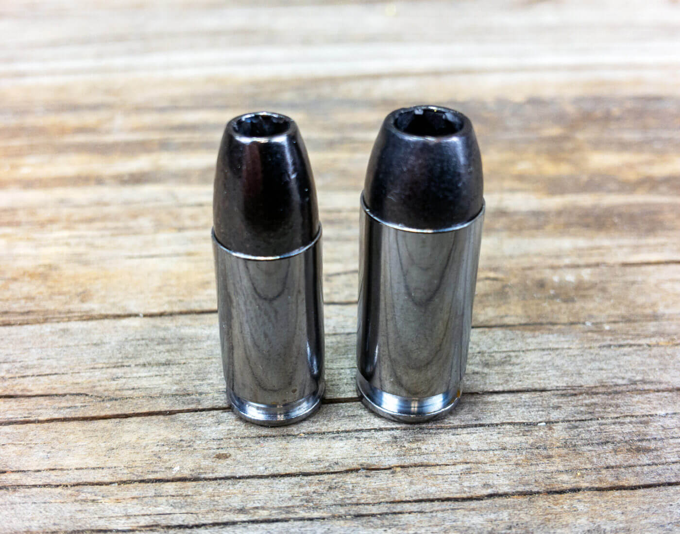 A comparison of the 9mm and .40 S&W cartridges