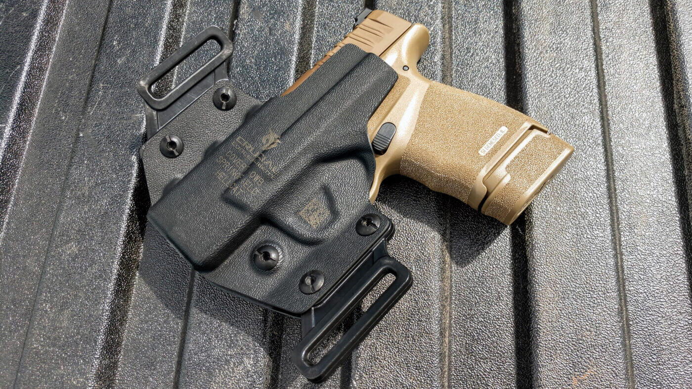 Springfield FDE Hellcat in a Crucial Concealment holster