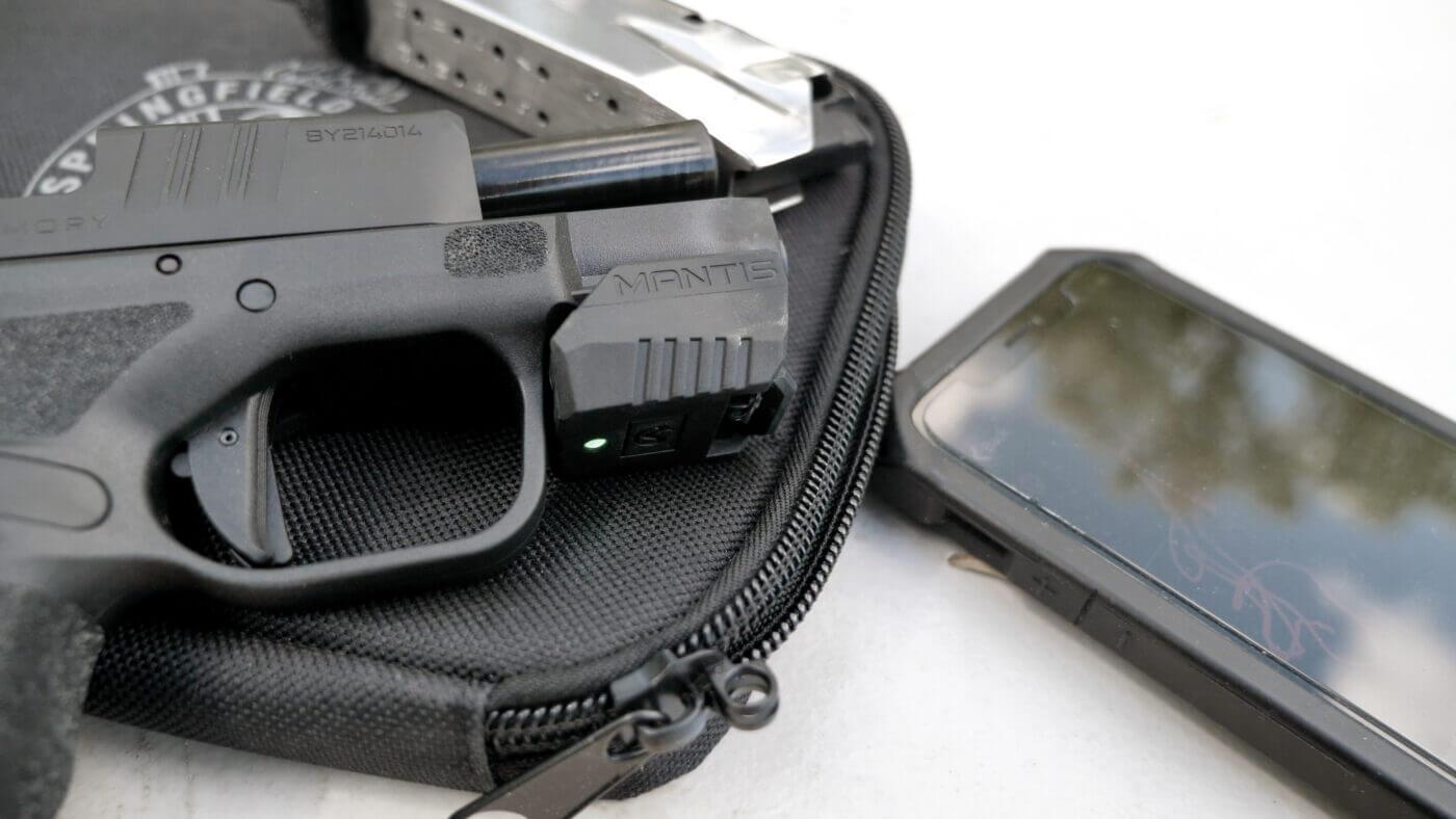 Mantis X10 Elite program measures the recoil of the Hellcat pistol