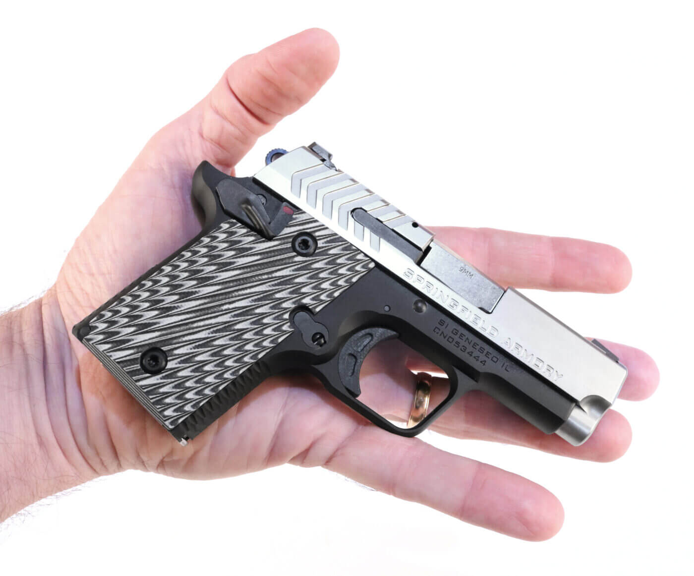 Springfield 911 fits into the palm of your hand