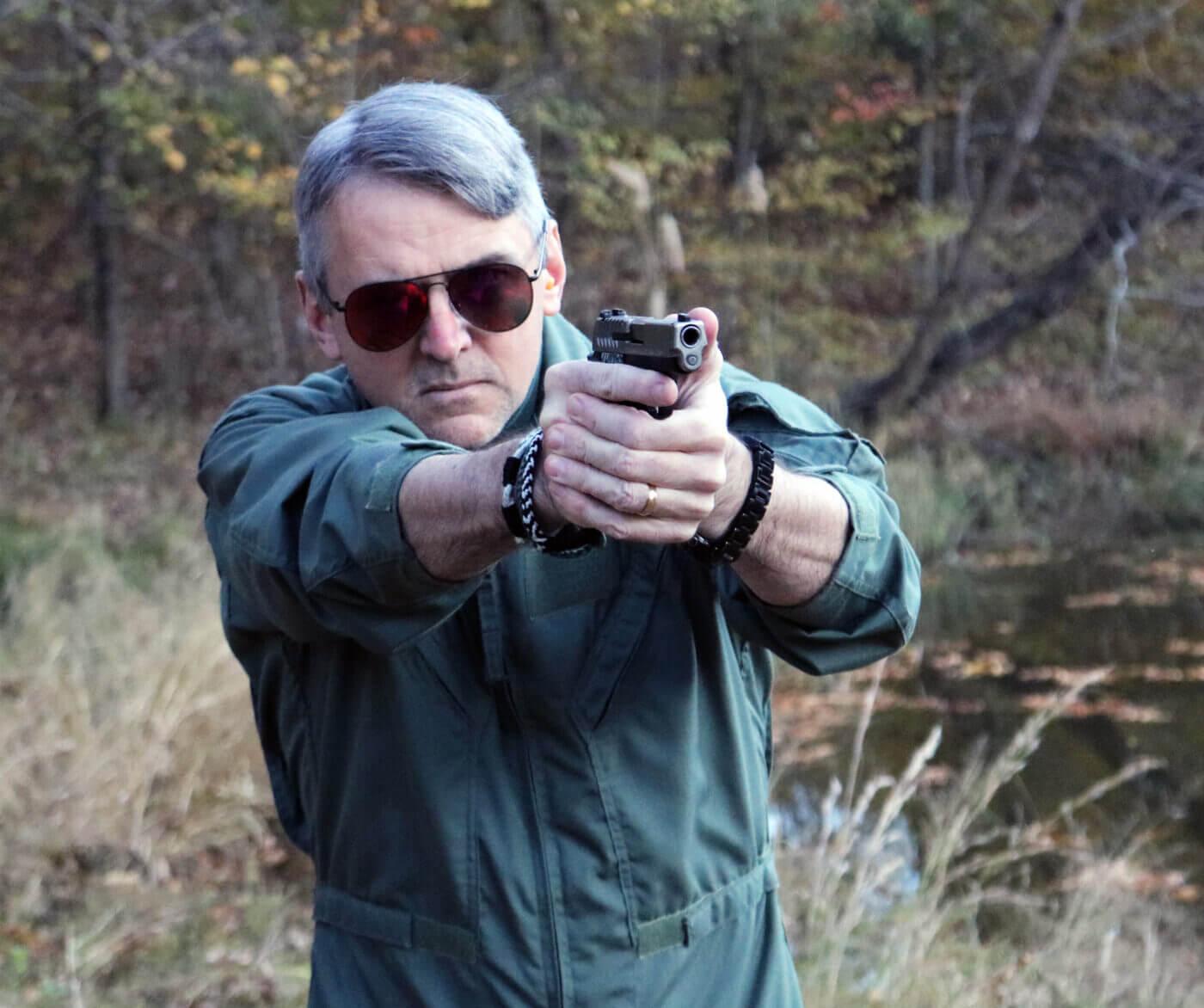 Shooting the 911 pistol