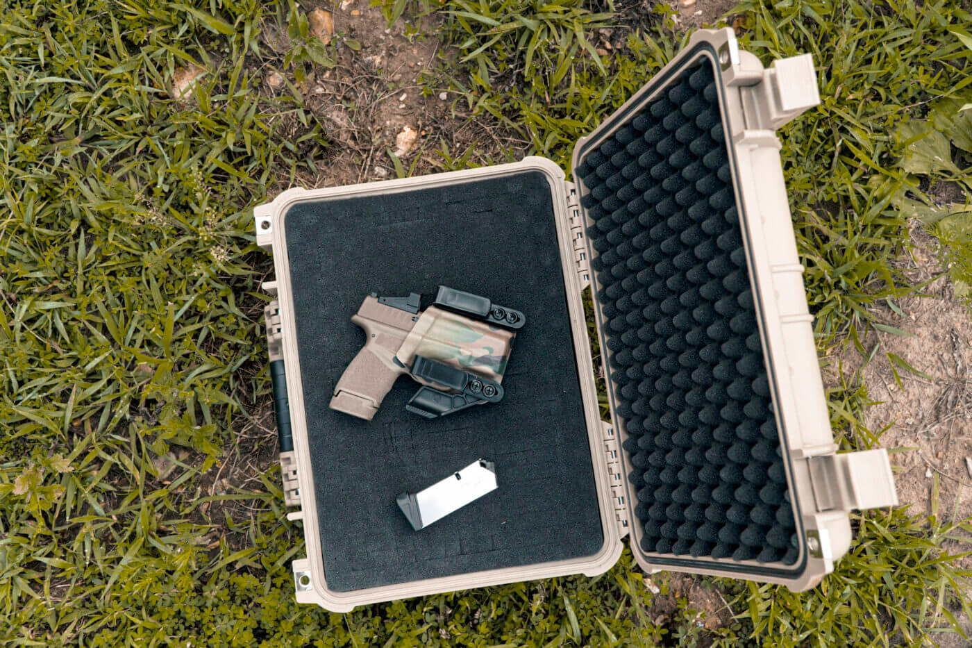 Carry case for the Springfield Hellcat