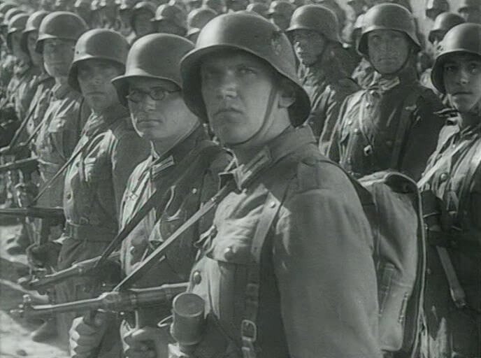 German MP40 in We Will Come Back film