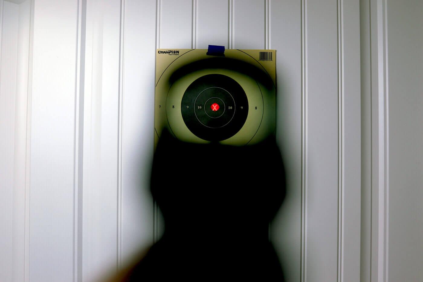 Threat-focused sight picture