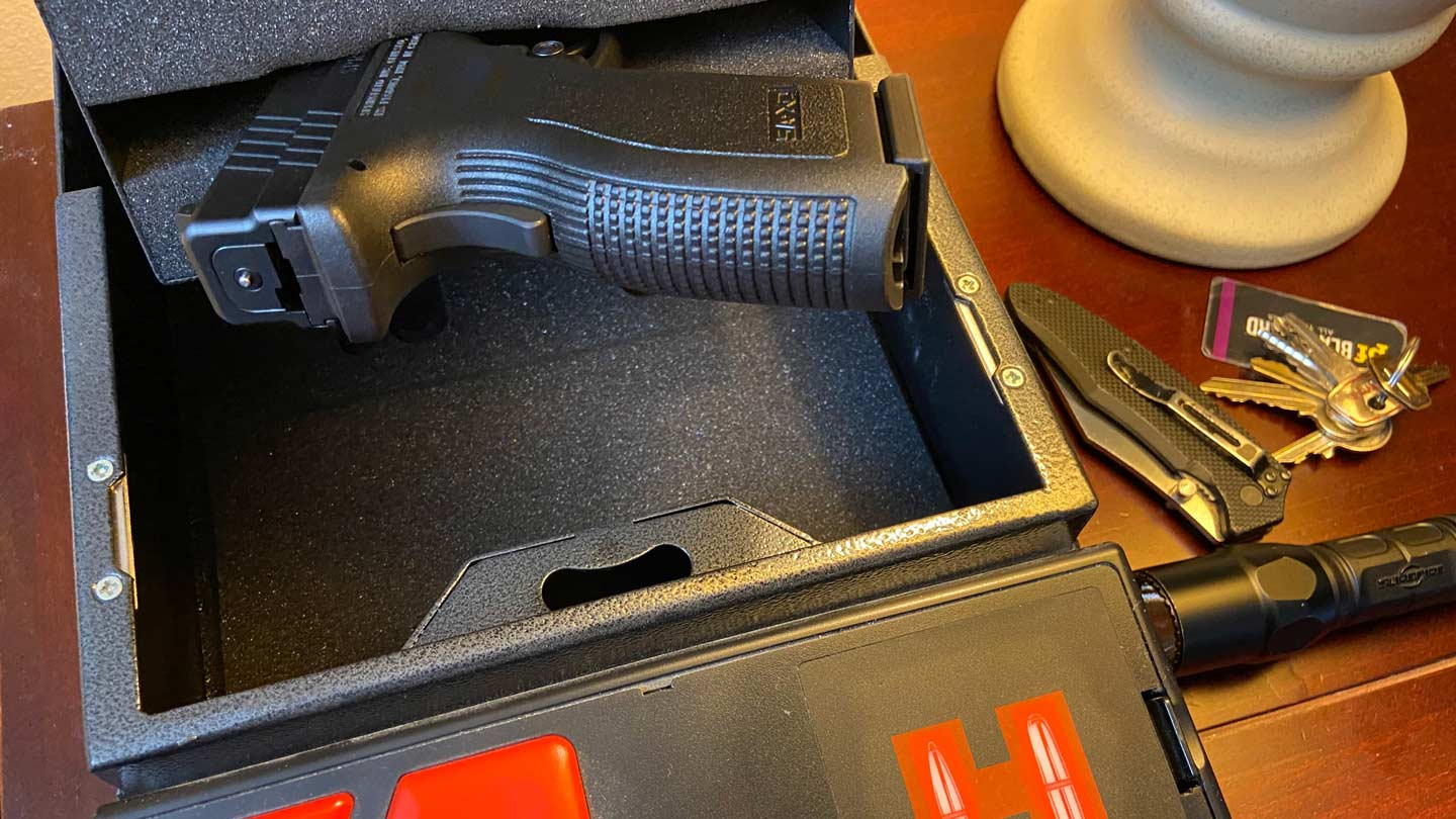 Springfield Armory XD in a Hornady rapid access safe