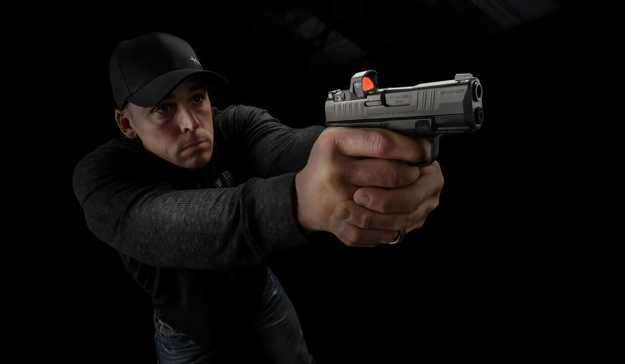 Shooting a pistol with HEX optics red dot