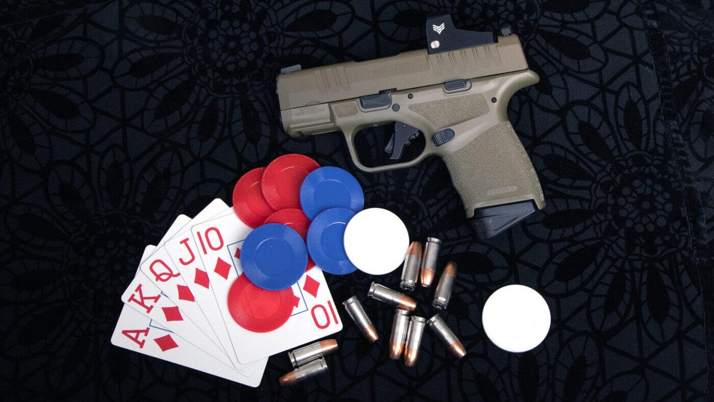 Deep cover 9mm Hellcat pistol