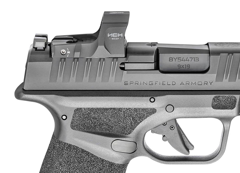 HEX Wasp mounted on Springfield Hellcat pistol