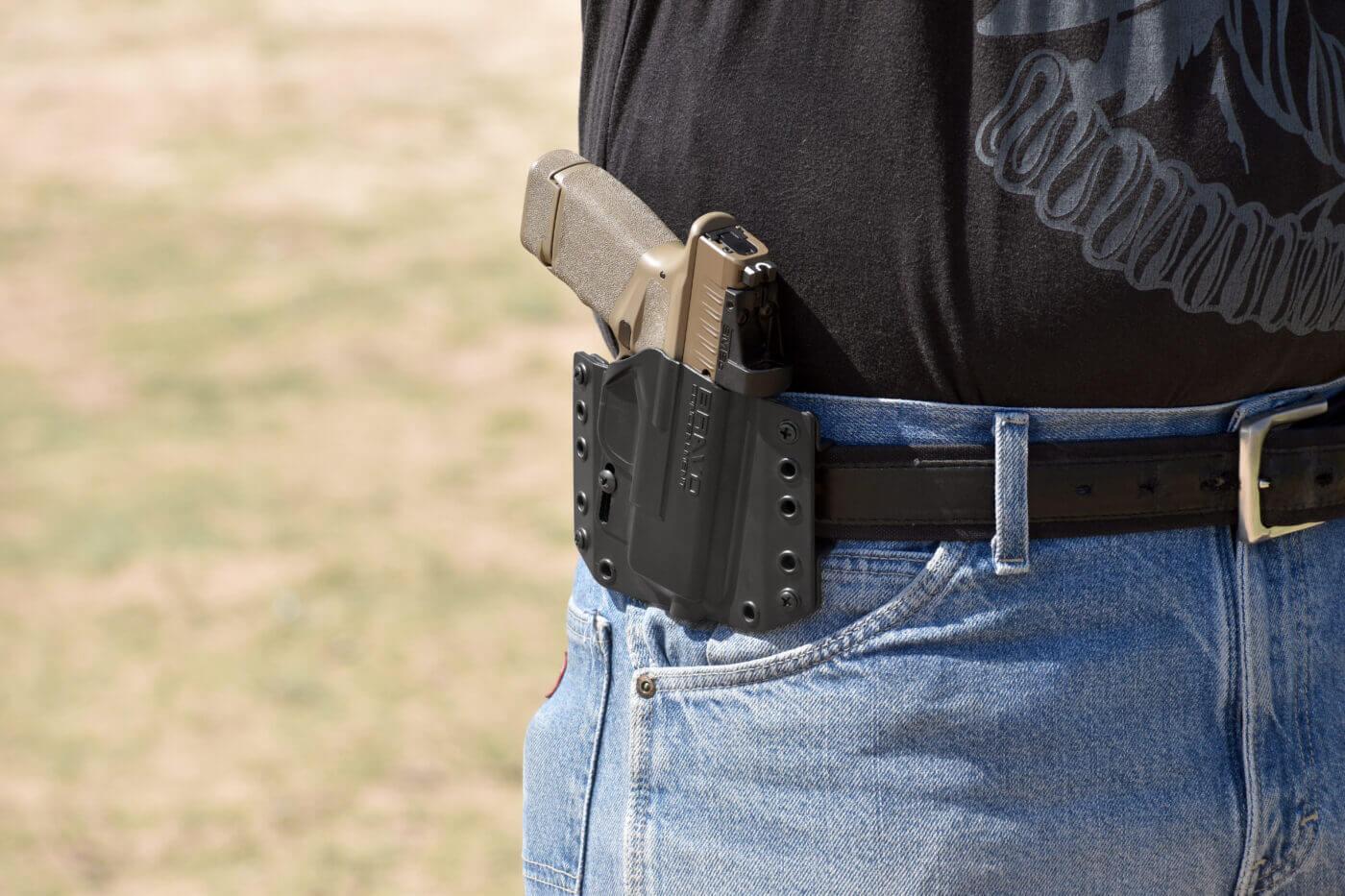 Springfield Hellcat FDE in Bravo Concealment OWB holster