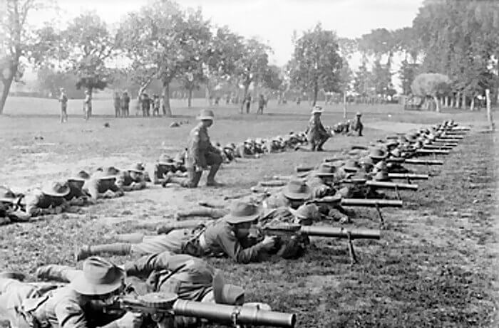 2nd Australian Division Army practicing with Lewis Machine Gun during WWI