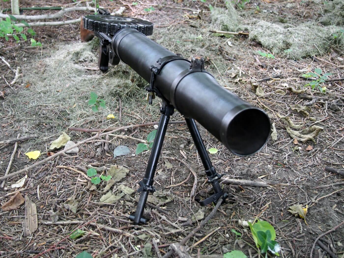 Barrel shroud on Lewis Machine Gun