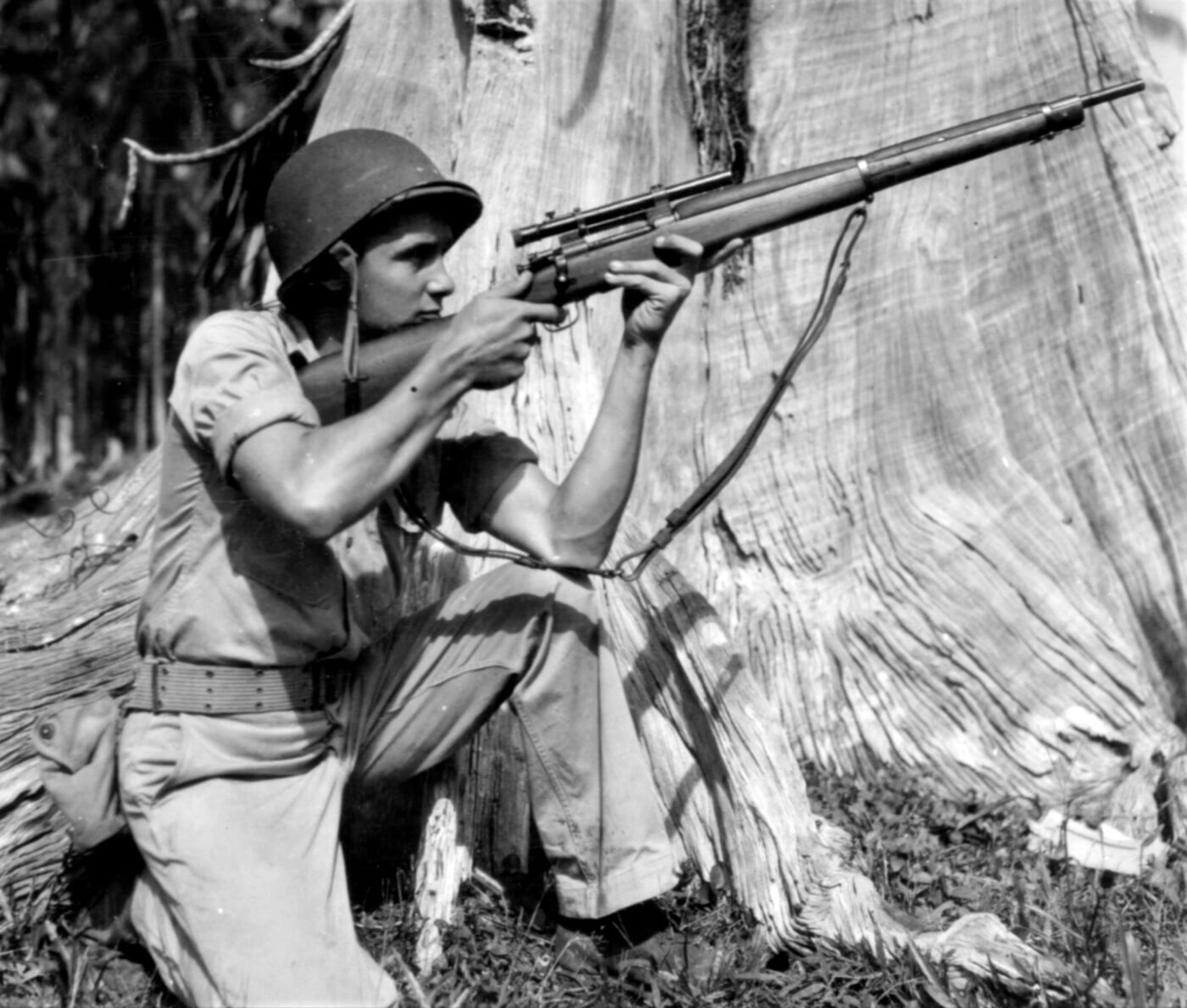 Springfield M1903A4 sniper rifle in World War II