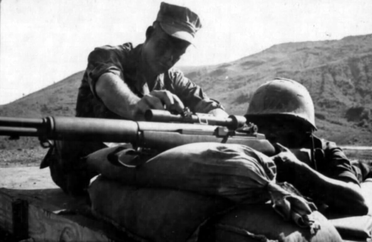USMC training ARVN soldier with M1D sniper rifle