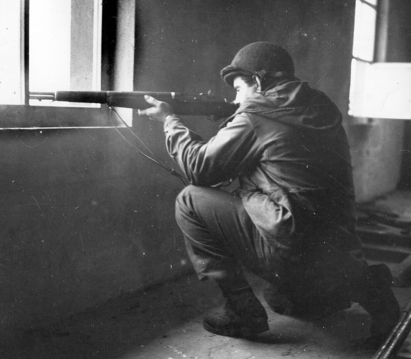 M1 Garand sniper rifle
