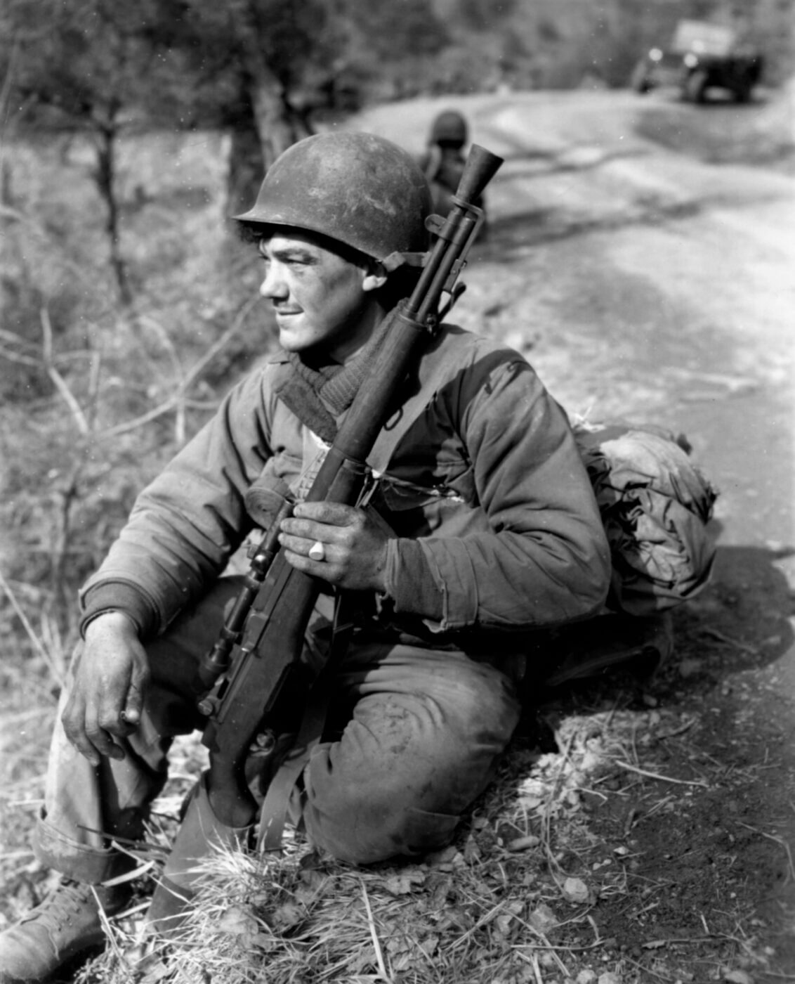 M1C Sniper Rifle in the Korean War held by soldier