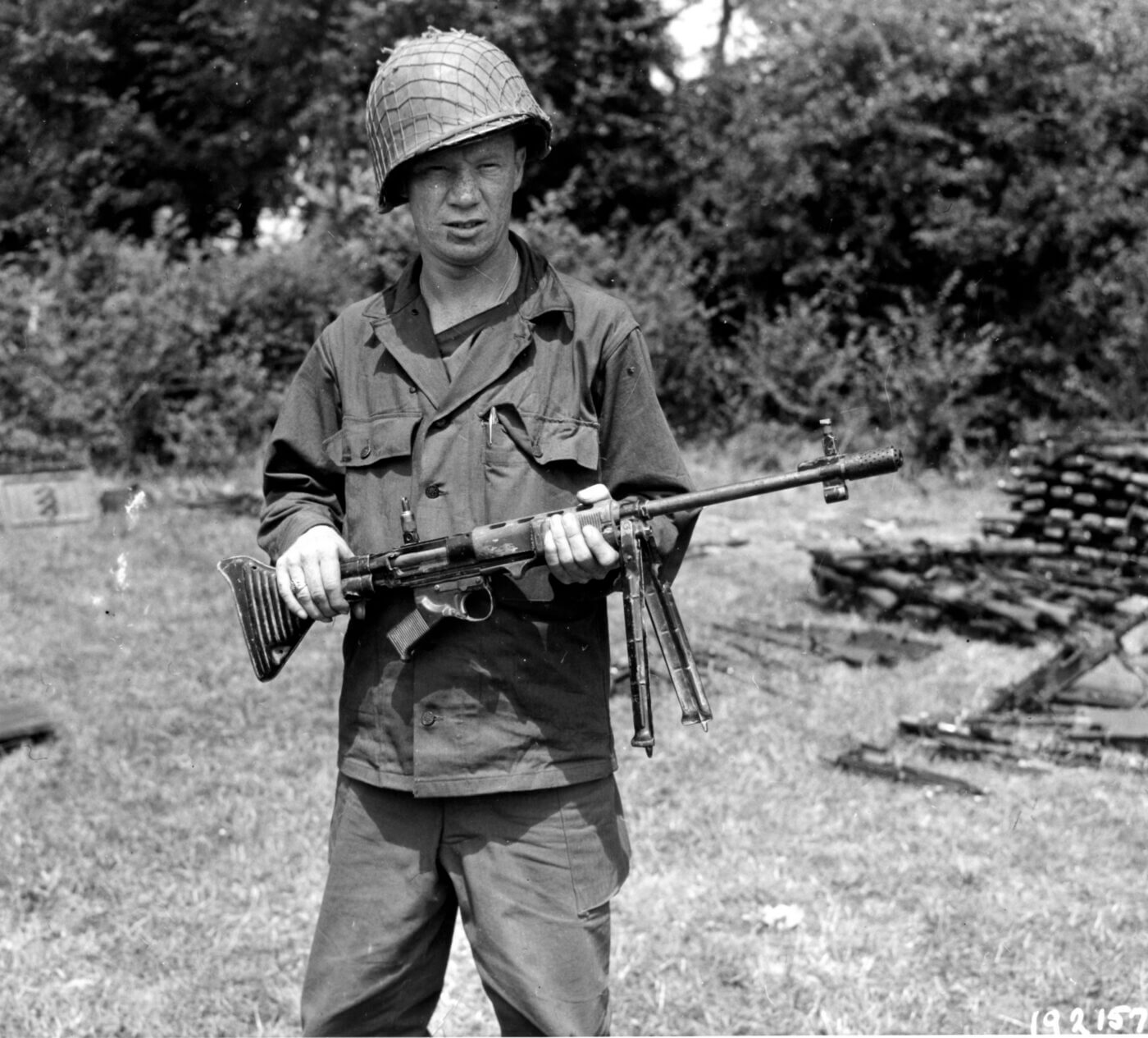 GI with FG42 at St. Lo