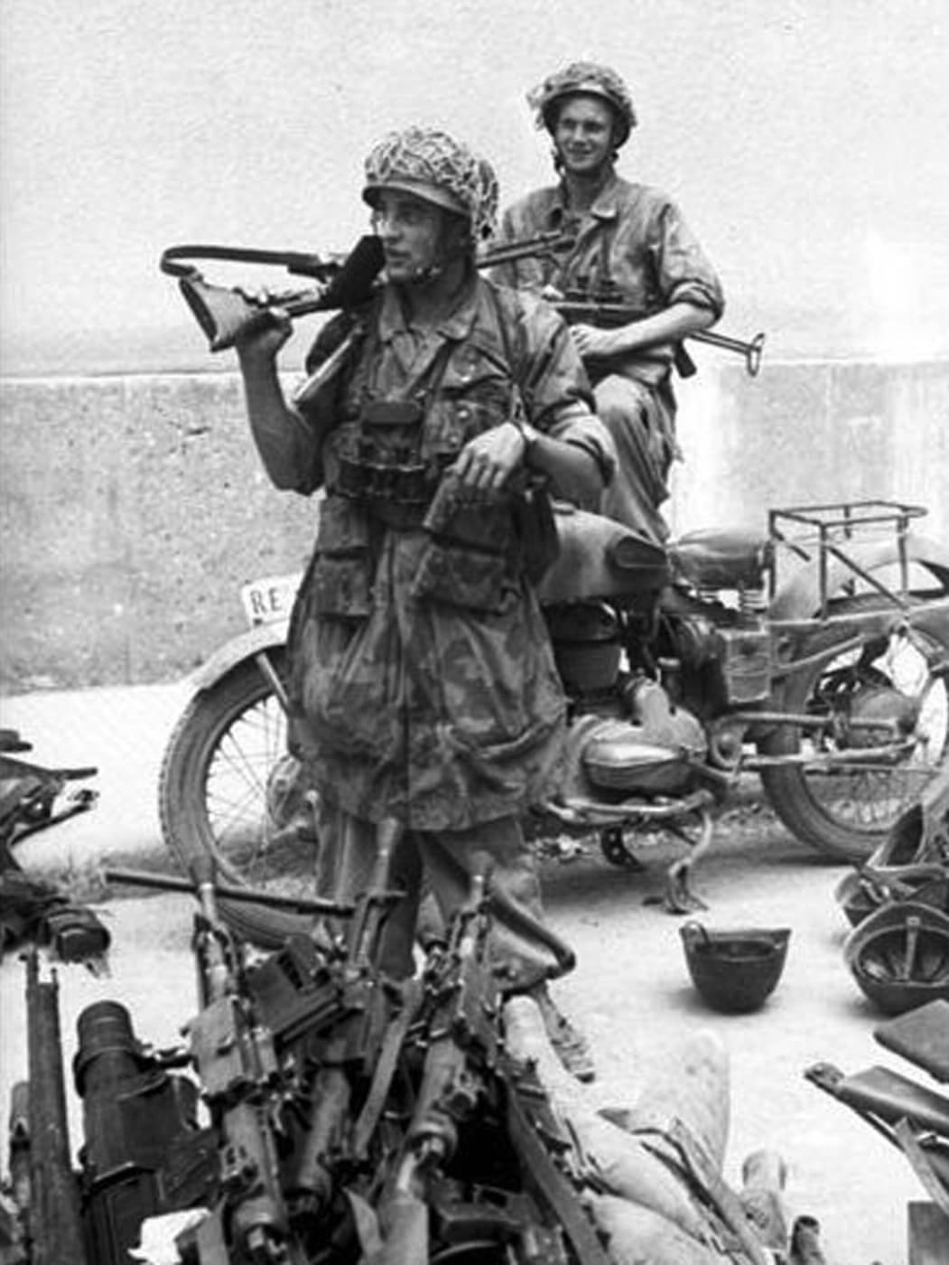 FG42 during Operation Achse