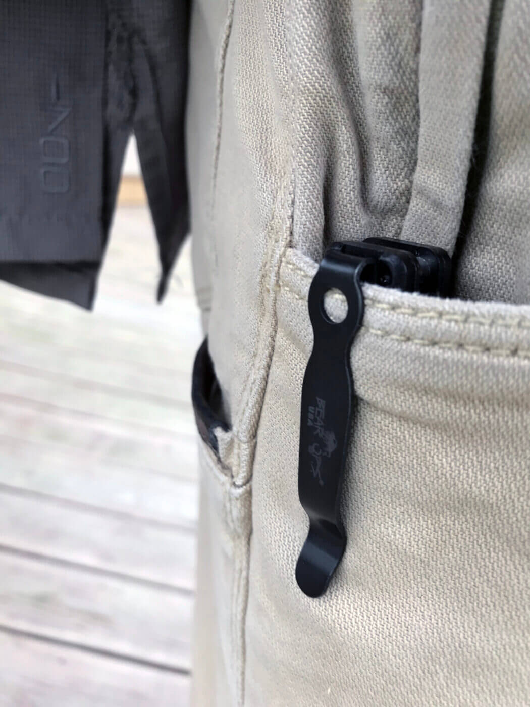 Carrying a pocket knife with a clip