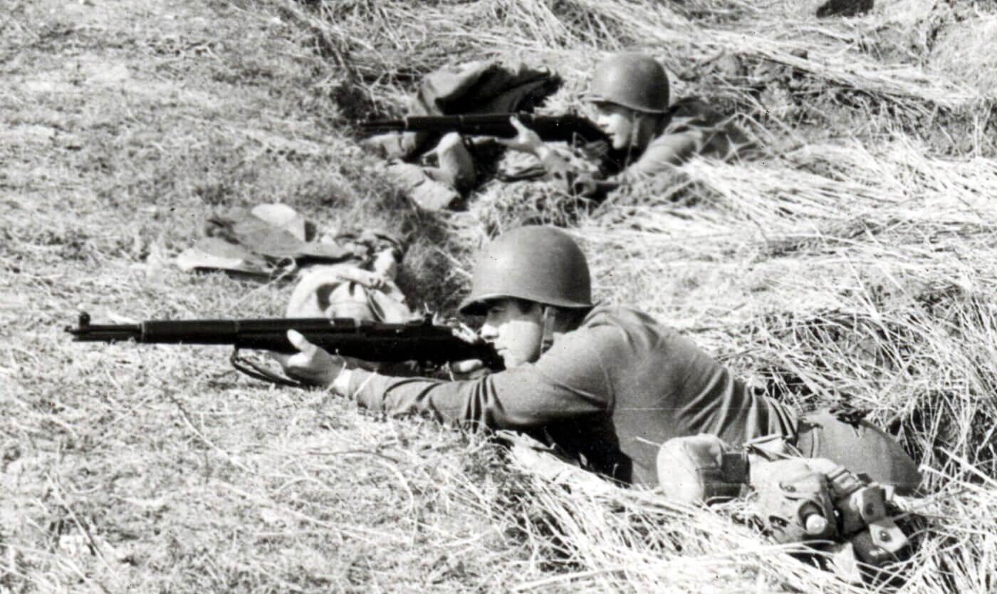 M1 Garand in Algeria for Operation Torch