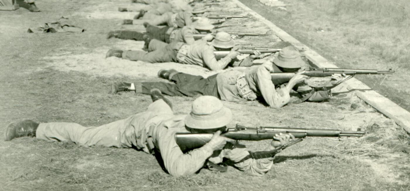 US soldiers training with M1 Garand
