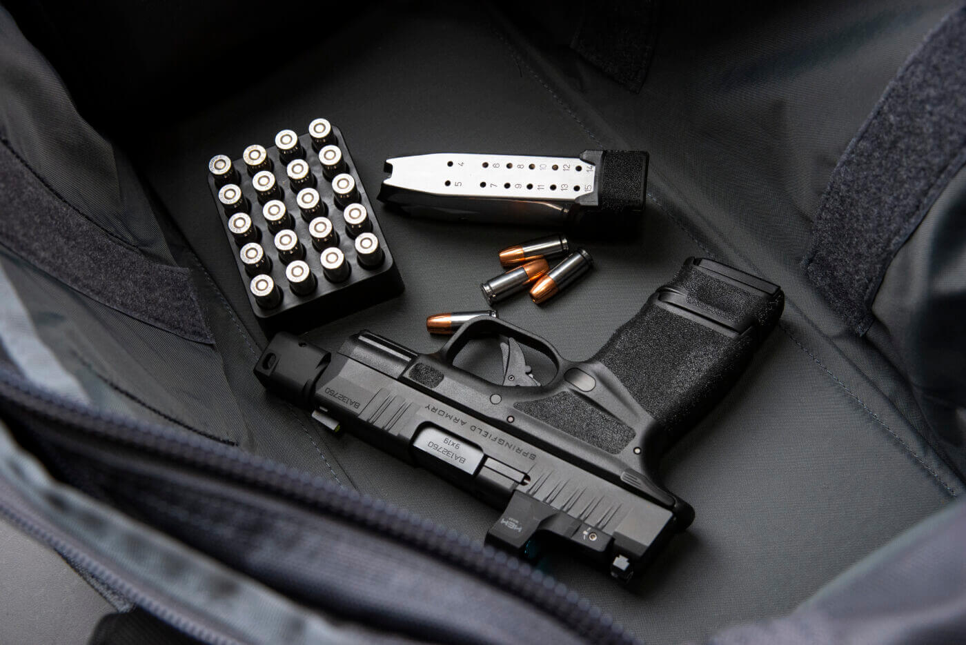 15-round magazine for the Springfield Armory Hellcat pistol