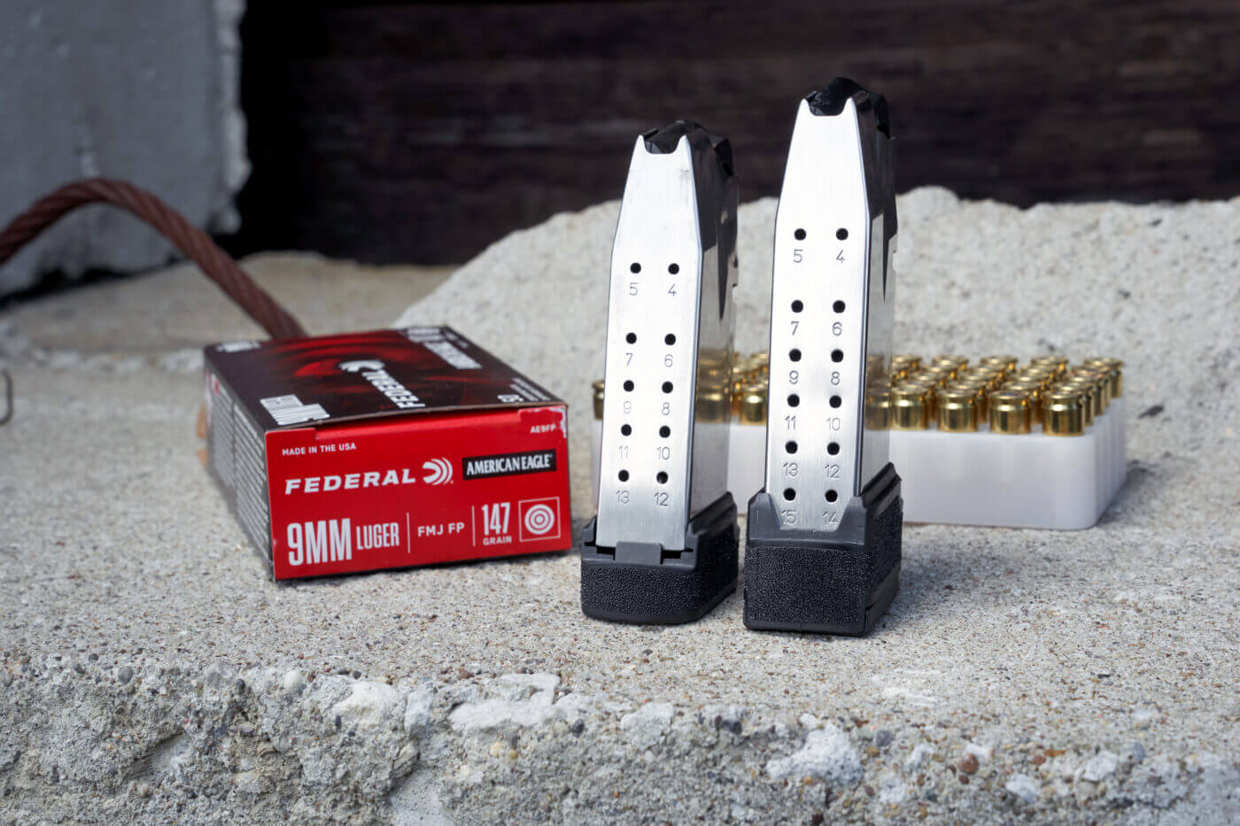 Comparing the 13 and 15 round magazines for Hellcat pistol