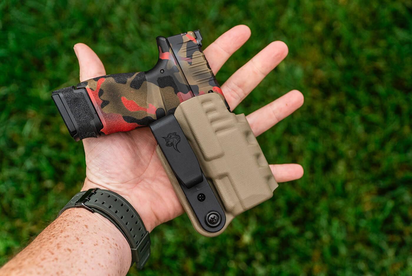 DeSantis FDE Slim-Tuk holster with customized Hellcat 9mm pistol