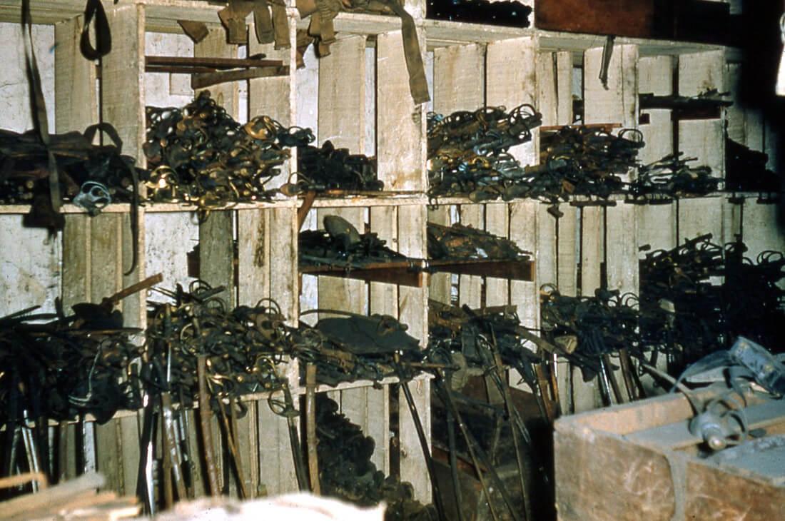 Swords at Bennerman's surplus castle