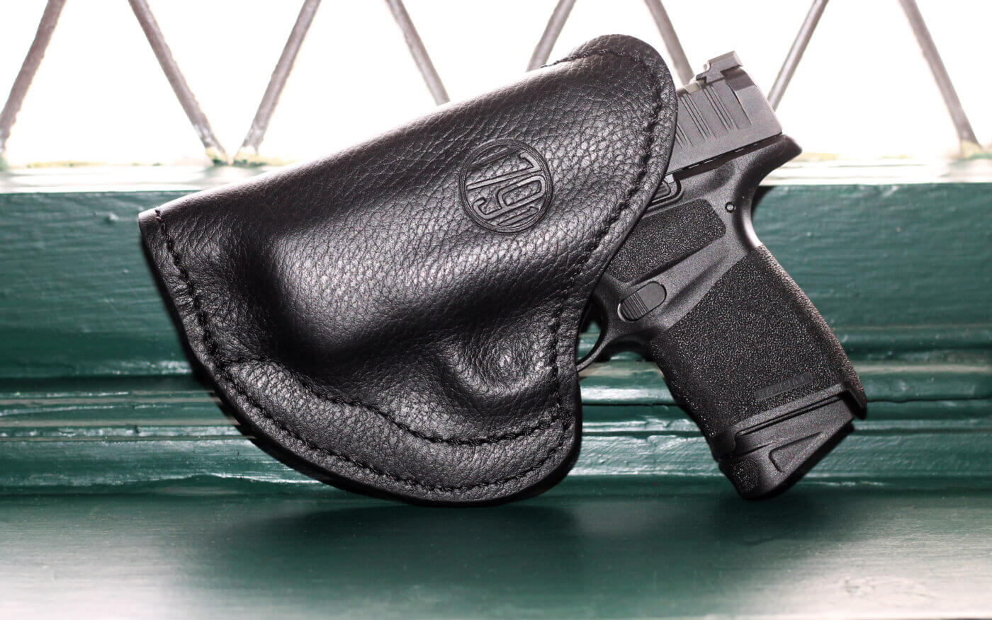 1791 Gunleather holster custom fitted to Hellcat pistol
