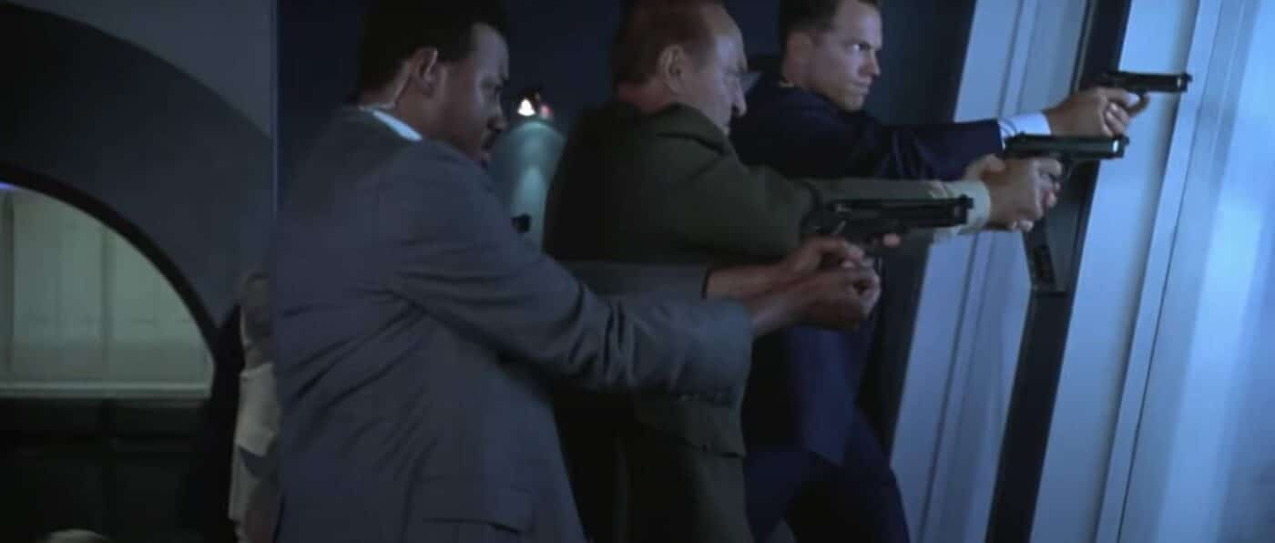 Bad holds on pistols in Independence Day