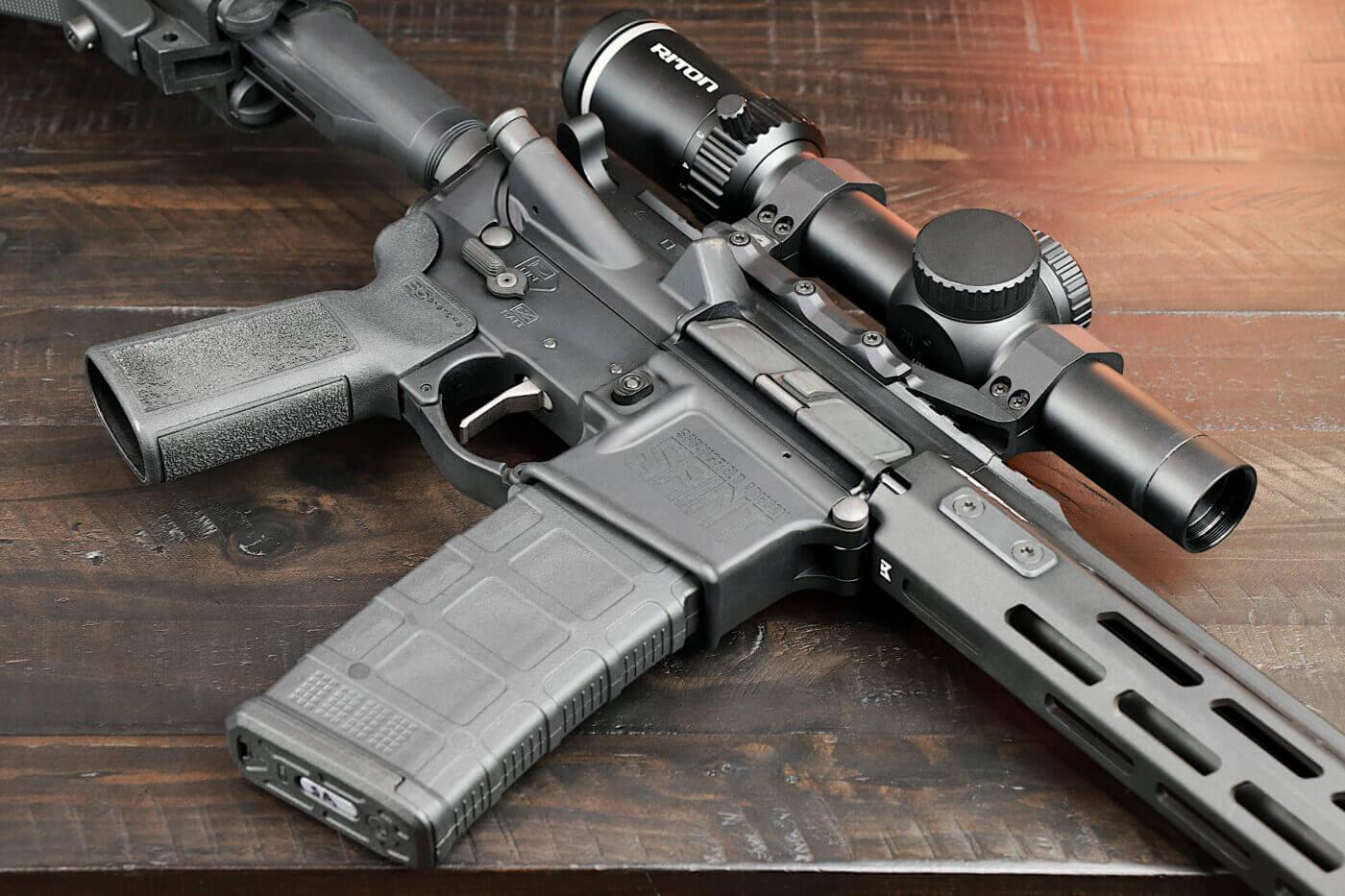 Riton 3 Tactix 1-8X scope mounted on SAINT Victor rifle