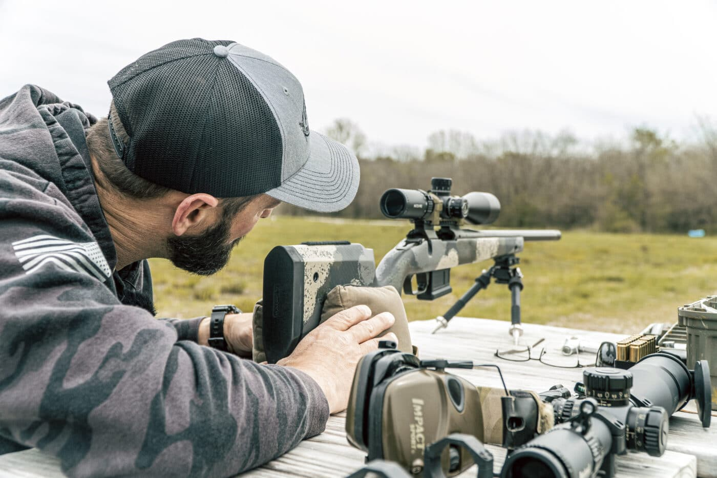 Swapping a scope on a rifle and sighting it In