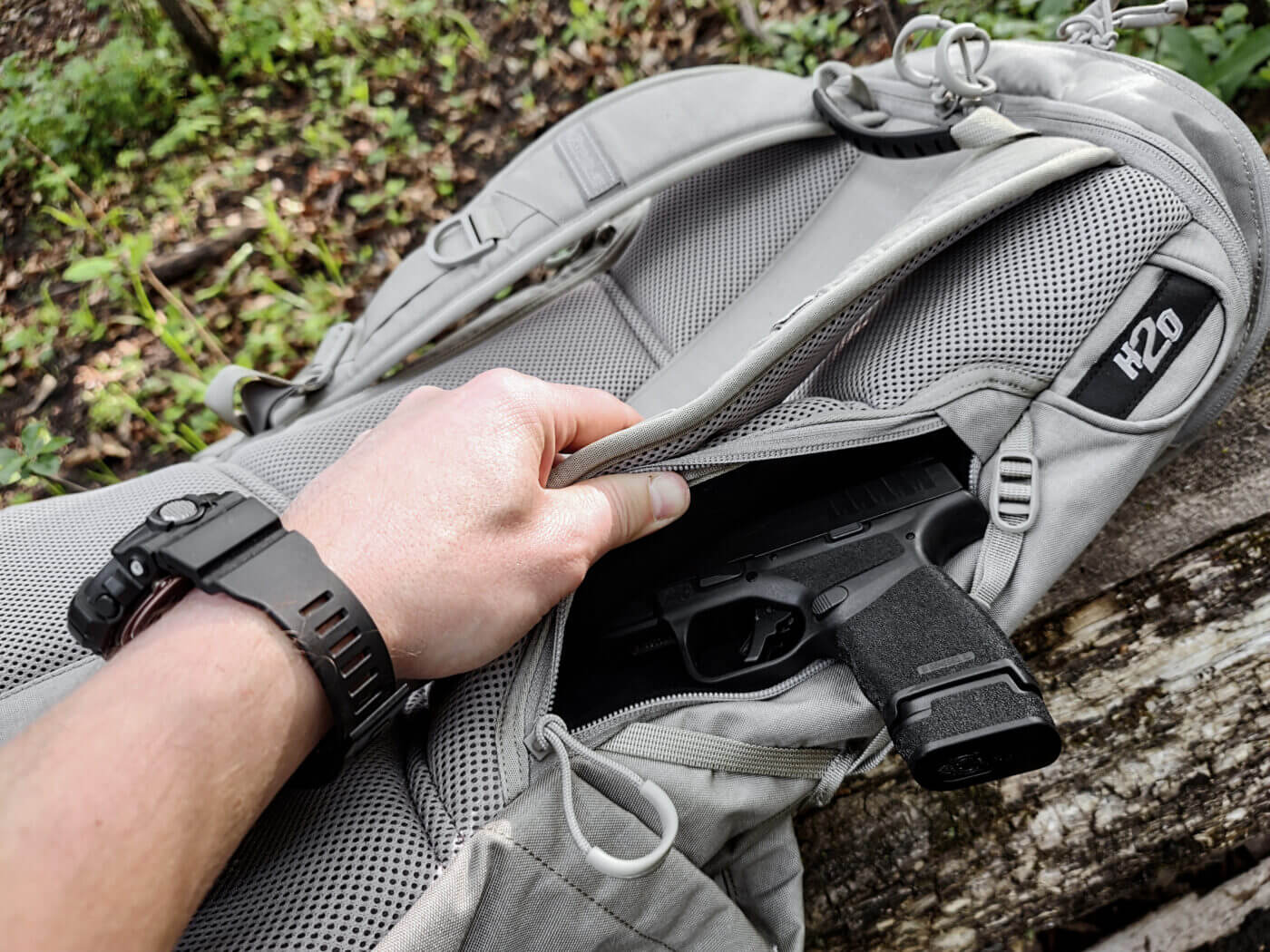 Handgun compartment on ALPS Ghost 30 backpack