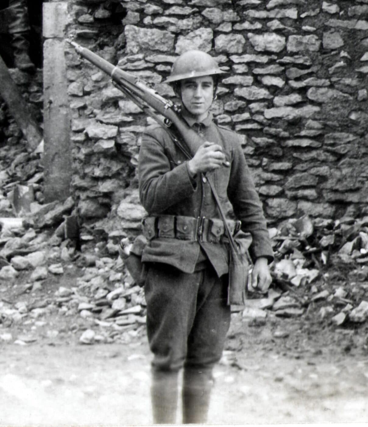 U.S. Army soldier carrying a 1903 Springfield Rifle during WWI