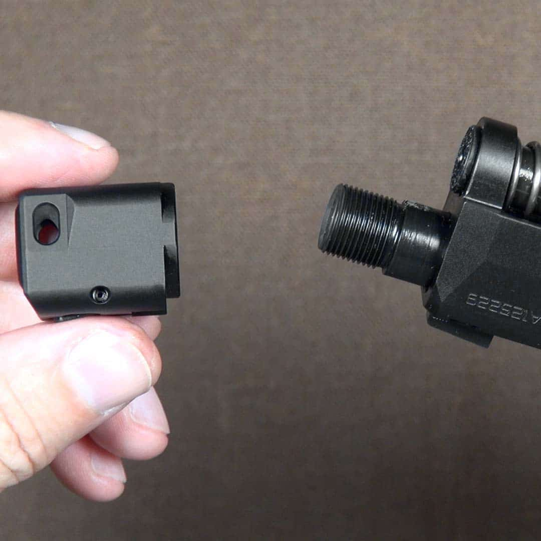 Removing the RDP compensator from the Hellcat barrel