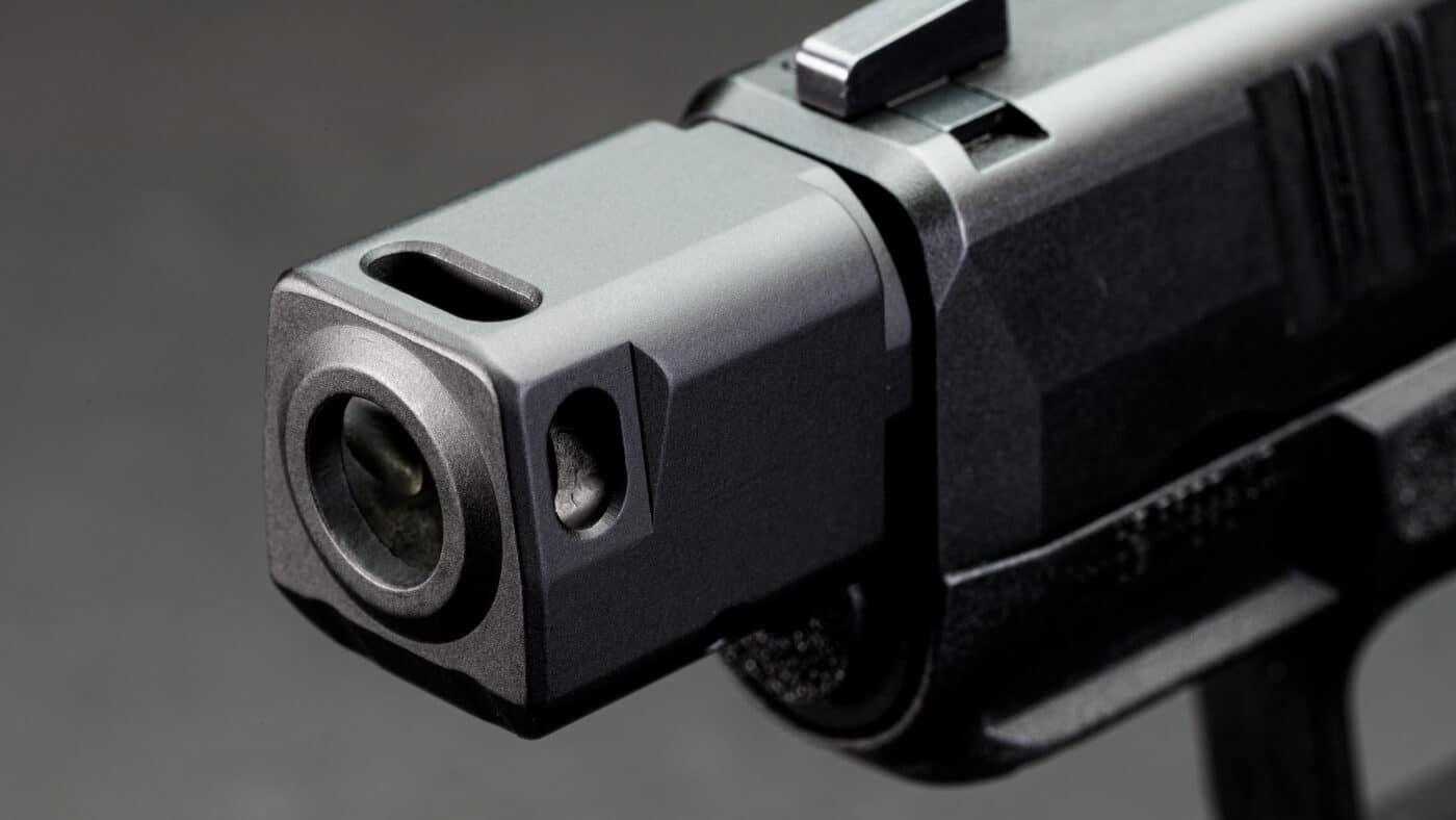 Single port compensator for the Hellcat pistol