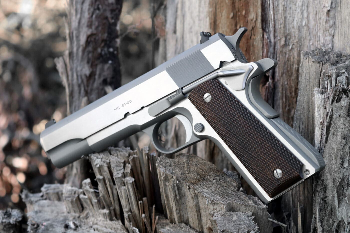 Side view of the Springfield Armory Stainless Steel Mil-Spec 1911