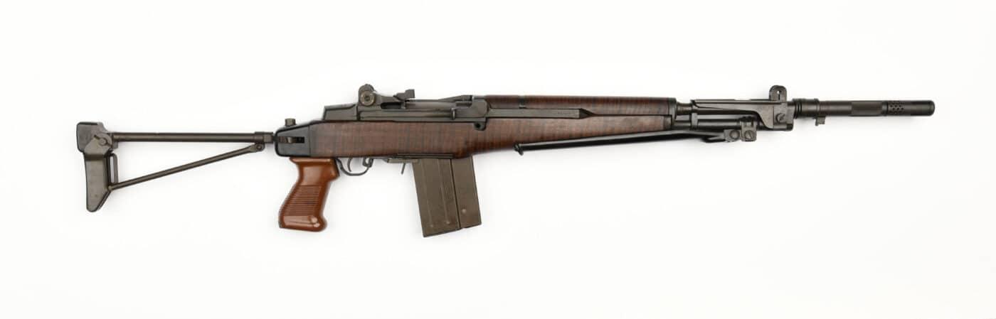 BM59 paratrooper rifle