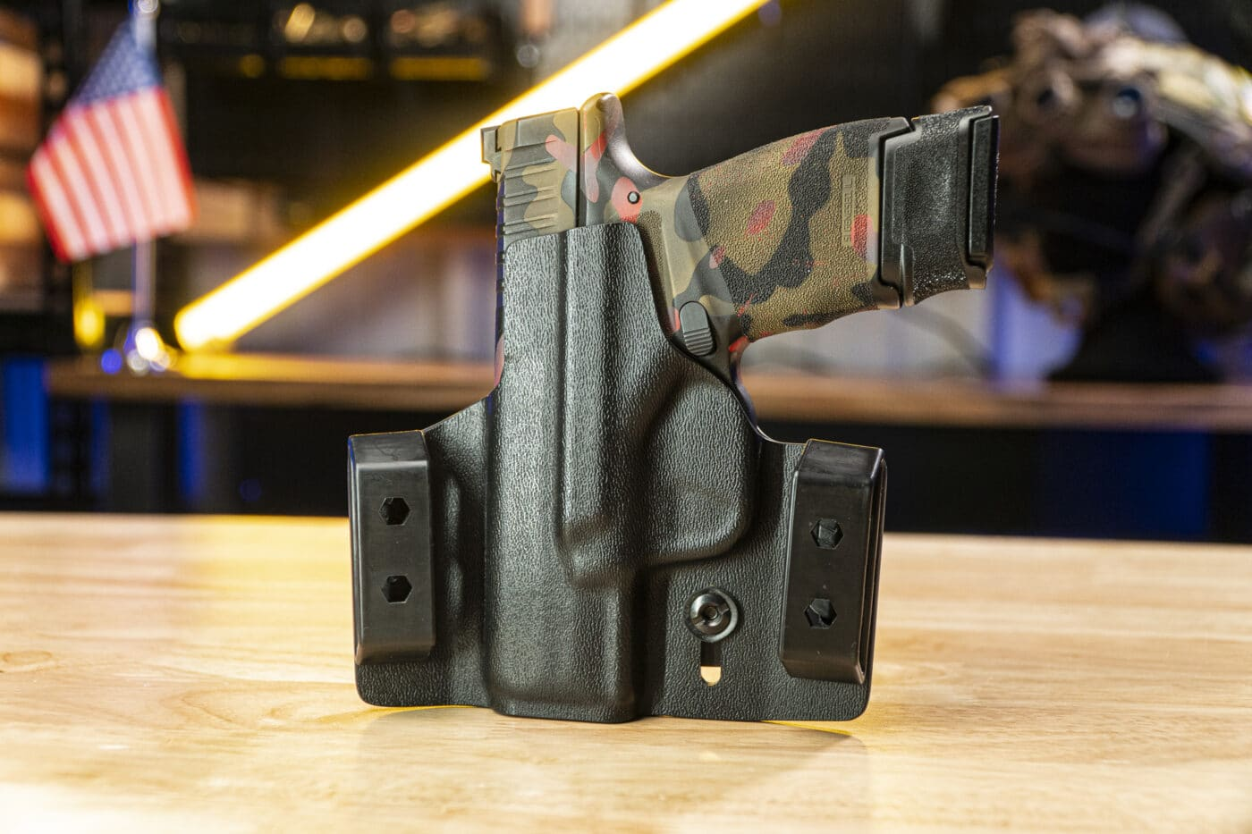Tulster Contour holster with Hellcat pistol